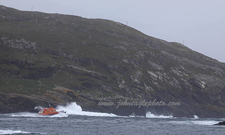 RNLI Annette Hutton heading out 2